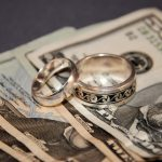 Подача на алименты в браке